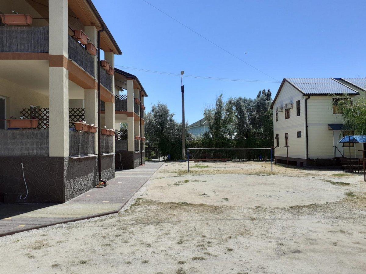 база отдыха «Кипарис», Кирилловка. Фото 1