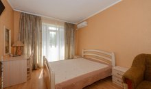 Кирилловка, мини-отель «Золотой Лев»