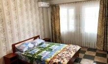 Спальня в двухкомнатном номере, отдельная сплит система и свой выход на большой балкон