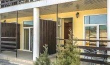 Кирилловка, база отдыха «Аврора». Случайное фото