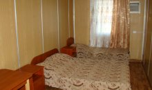 Эконом №10, Кирилловка, база отдыха «Елена»