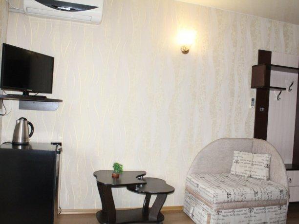 Люкс №3, гостевой дом «Гостевой Дом 170», Кирилловка. Фото 2