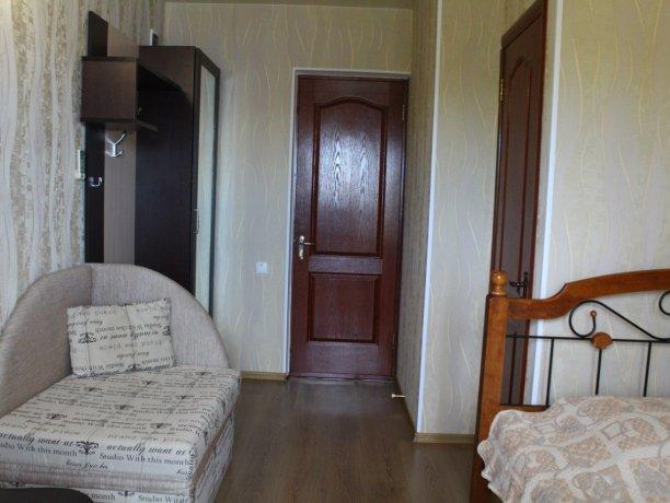 Люкс №3, гостевой дом «Гостевой Дом 170», Кирилловка. Фото 3
