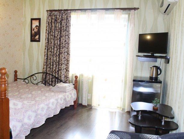 Люкс №3, гостевой дом «Гостевой Дом 170», Кирилловка. Фото 1