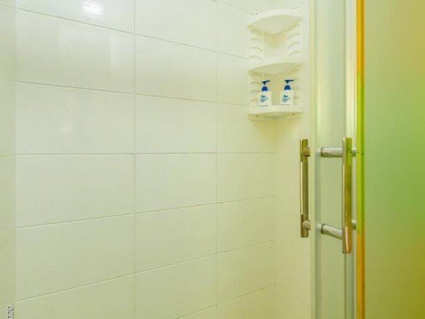 Люкс №1  VIP, гостевой дом «Гостевой Дом 170», Кирилловка. Фото 7