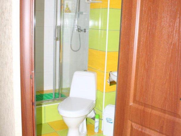 Люкс №3  VIP, гостевой дом «Гостевой Дом 170», Кирилловка. Фото 8
