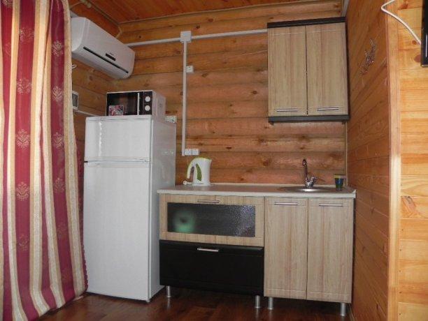 Студия №12 1кор., база отдыха «АННА SPA», Кирилловка. Фото 1