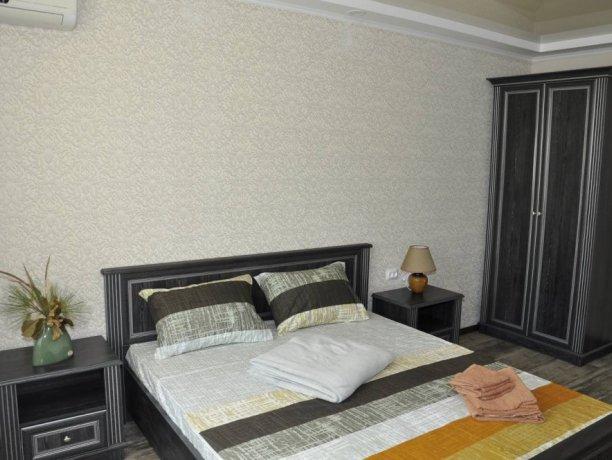 Апартаменты №11, база отдыха «Променад», Кирилловка. Фото 1