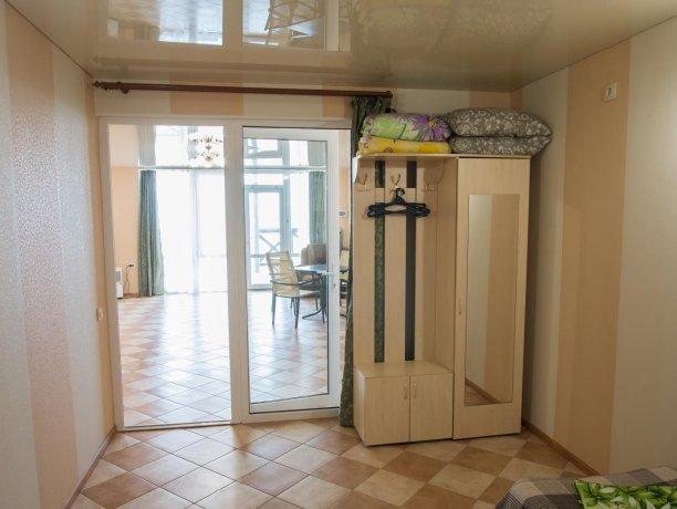 Апартаменты №1, база отдыха «ADMIRAL», Кирилловка. Фото 10