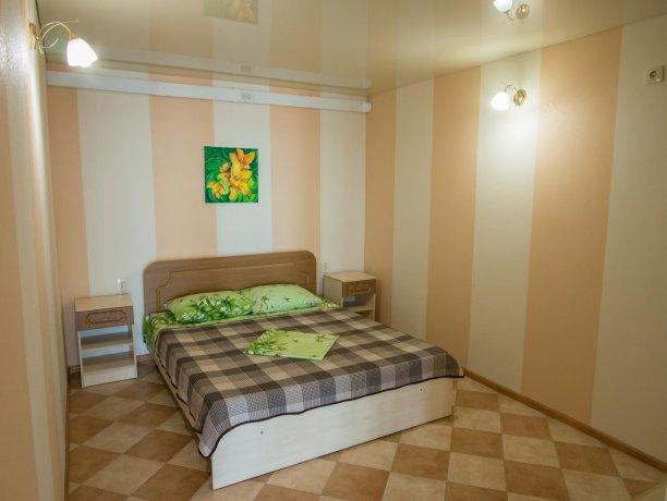 Апартаменты №1, база отдыха «ADMIRAL», Кирилловка. Фото 11