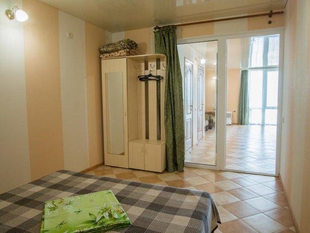 Апартаменты №1, база отдыха «ADMIRAL», Кирилловка. Фото 12