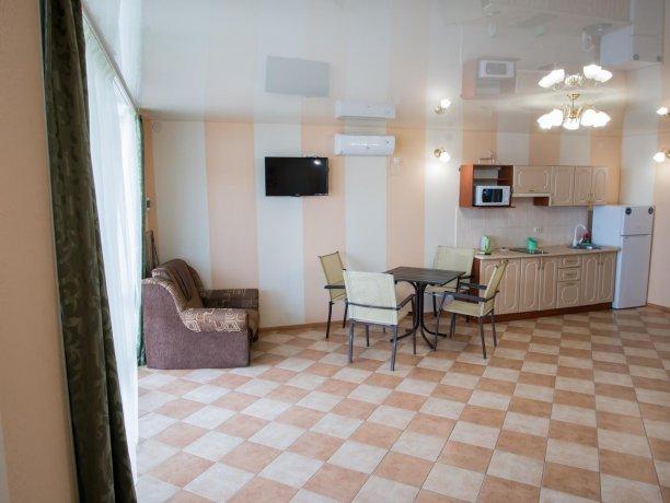 Апартаменты №1, база отдыха «ADMIRAL», Кирилловка. Фото 6