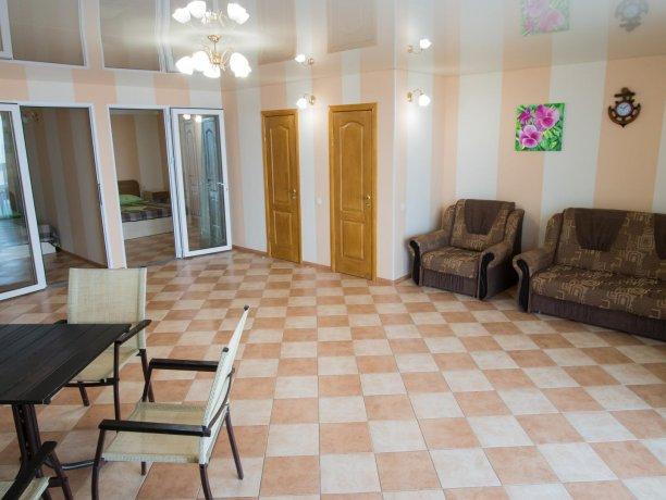 Апартаменты №1, база отдыха «ADMIRAL», Кирилловка. Фото 7
