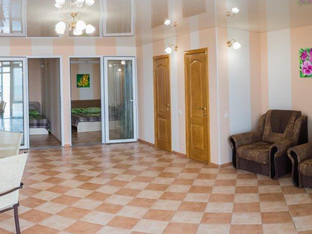 Апартаменты №1, база отдыха «ADMIRAL», Кирилловка. Фото 3