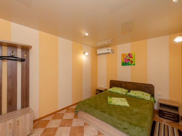 Апартаменты №2, база отдыха «ADMIRAL», Кирилловка. Фото 11