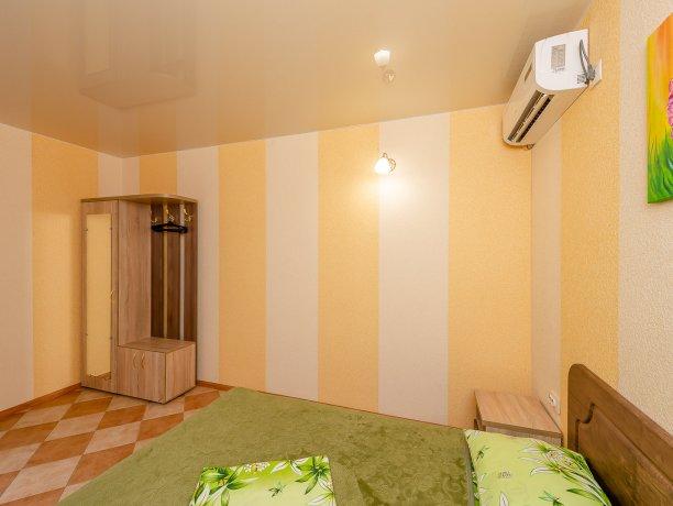 Апартаменты №3, база отдыха «ADMIRAL», Кирилловка. Фото 15