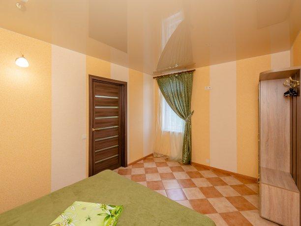 Апартаменты №3, база отдыха «ADMIRAL», Кирилловка. Фото 18