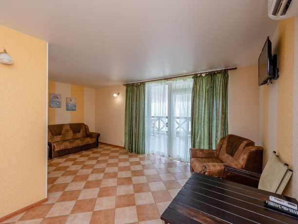 Апартаменты №3, база отдыха «ADMIRAL», Кирилловка. Фото 8