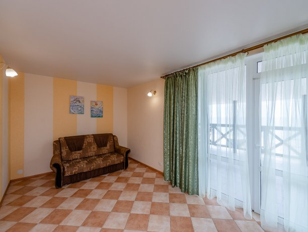 Апартаменты №3, база отдыха «ADMIRAL», Кирилловка. Фото 9