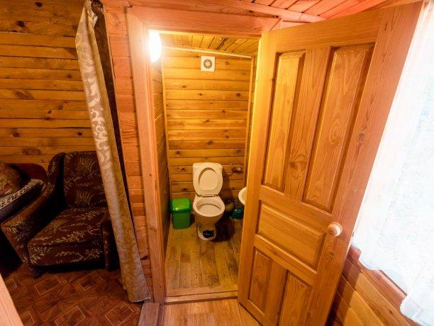 Коттедж №31, база отдыха «Солнышко», Кирилловка. Фото 7