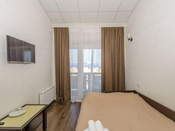 Junior Suite №37, база отдыха «Azov le Chalet», Кирилловка. Фото 1