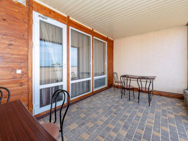 Апартаменты №5 (4 к.), гостиничный комплекс «Tropicanka Resort Hotel», Кирилловка. Фото 1