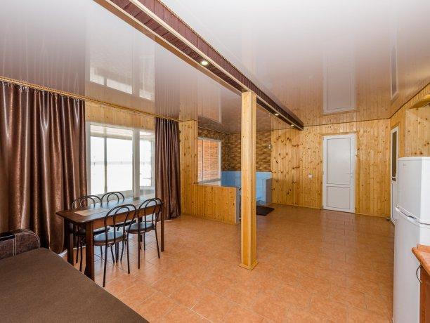 Suite №7 (4 к.), гостевой комплекс «TROPICANKA», Кирилловка. Фото 4