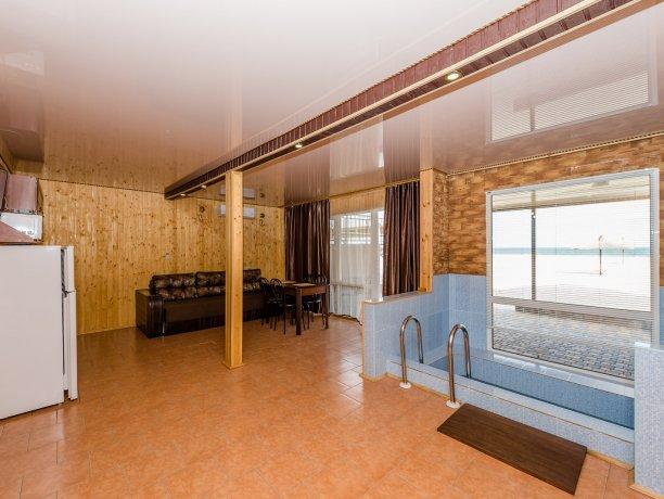 Suite №7 (4 к.), гостевой комплекс «TROPICANKA», Кирилловка. Фото 5