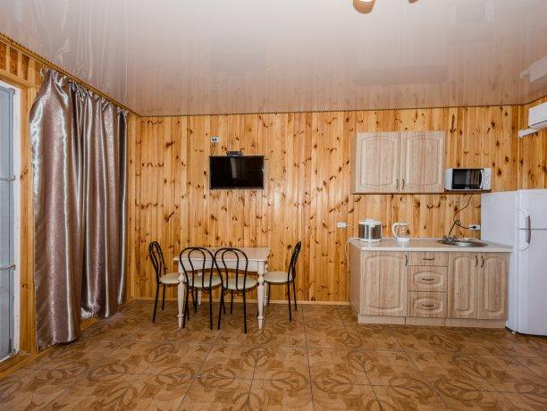 Suite №4 (4 к.), гостиничный комплекс «Tropicanka Resort Hotel», Кирилловка. Фото 6