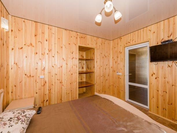 Suite №4 (4 к.), гостевой комплекс «TROPICANKA», Кирилловка. Фото 8