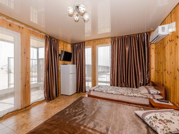 Студия №3 (4 к.), гостевой комплекс «TROPICANKA», Кирилловка. Фото 4