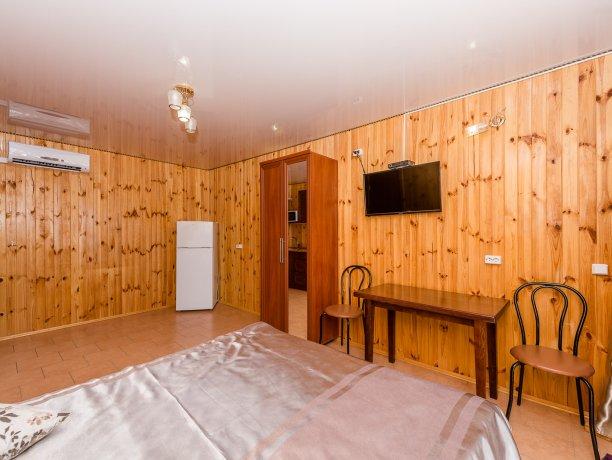 Студия №9 (4 к.), гостиничный комплекс «Tropicanka Resort Hotel», Кирилловка. Фото 5