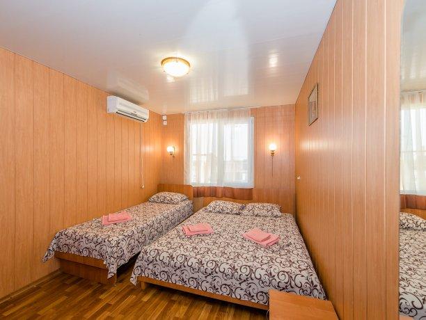 Junior Suite №3, гостевой комплекс «TROPICANKA», Кирилловка. Фото 4