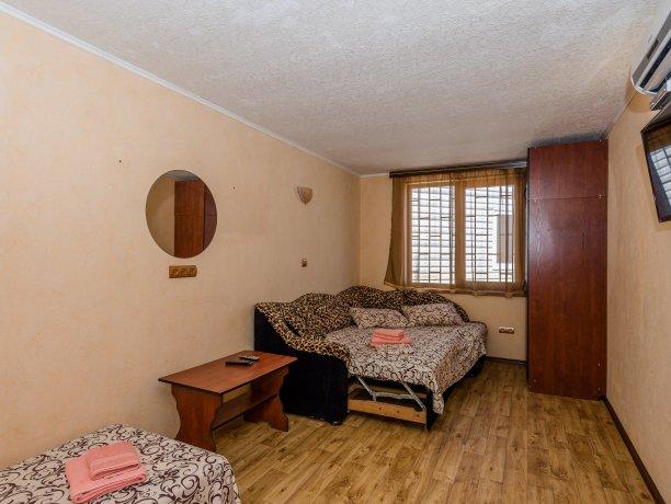Junior Suite №26, гостевой комплекс «TROPICANKA», Кирилловка. Фото 9