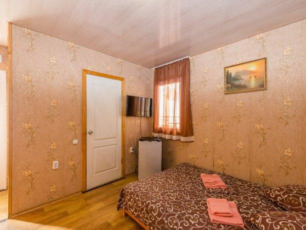 Стандарт 3/2, гостевой комплекс «TROPICANKA», Кирилловка. Фото 3