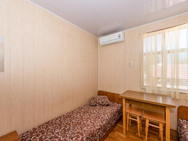 Эконом №1 (2 к.), гостевой комплекс «TROPICANKA», Кирилловка. Фото 7