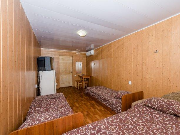 Эконом №10 (2 к.), гостевой комплекс «TROPICANKA», Кирилловка. Фото 8