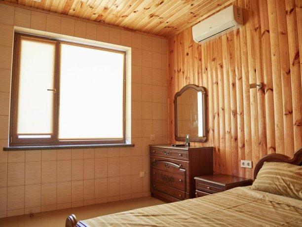 Апартаменты-студио вид на море №68 (корп. 1), база отдыха «Автомобилист», Кирилловка. Фото 2