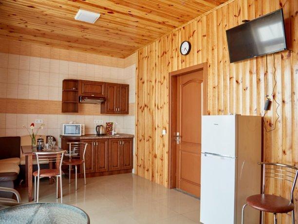 Апартаменты-студио вид на море №68 (корп. 1), база отдыха «Автомобилист», Кирилловка. Фото 7