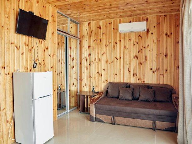 Апартаменты-студио вид на море №68 (корп. 1), база отдыха «Автомобилист», Кирилловка. Фото 9
