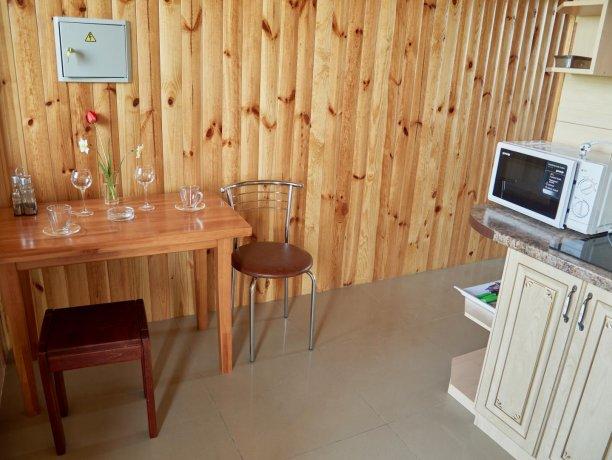 Апартаменты вид на море №60 (корп. 1), база отдыха «Автомобилист», Кирилловка. Фото 6