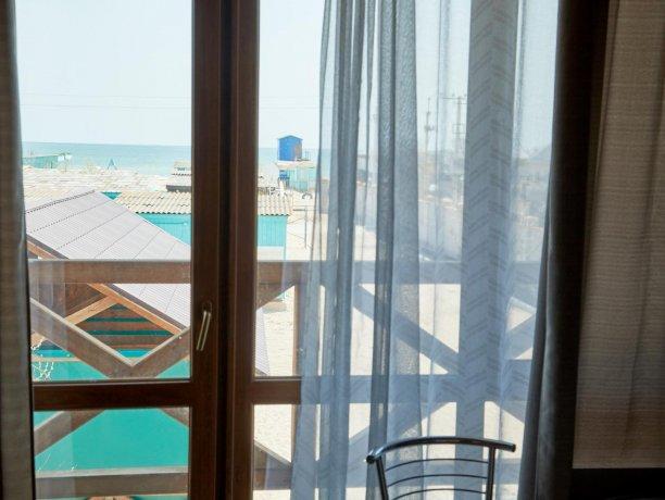 Апартаменты вид на море №61 (корп. 1), база отдыха «Автомобилист», Кирилловка. Фото 8