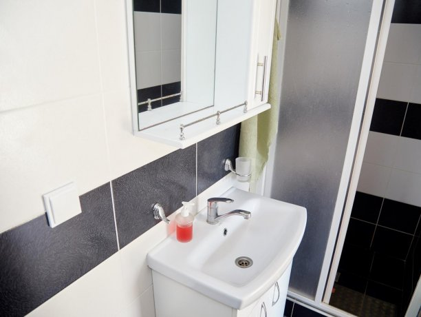 Апартаменты №36 (корп. 1), база отдыха «Автомобилист», Кирилловка. Фото 7