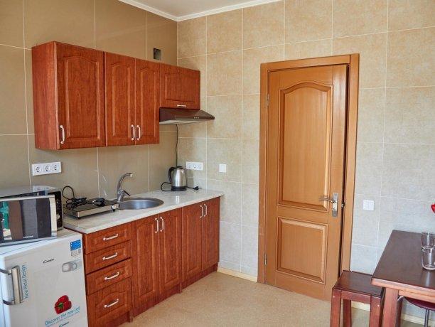 Апартаменты №47 (корп. 1), база отдыха «Автомобилист», Кирилловка. Фото 5