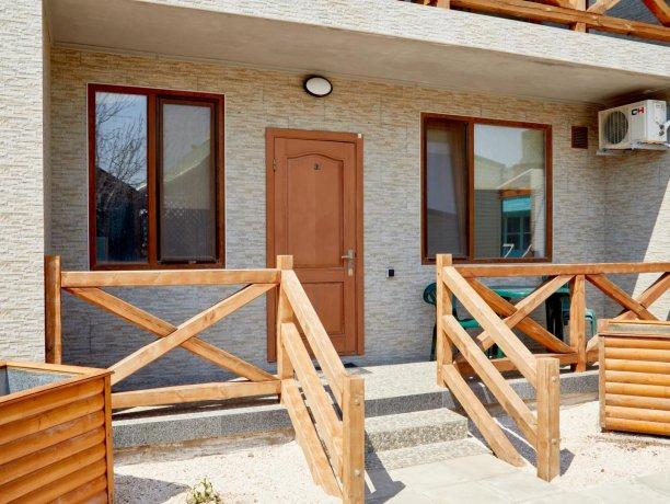 Апартаменты №47 (корп. 1), база отдыха «Автомобилист», Кирилловка. Фото 9
