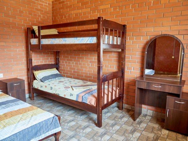 Семейный-люкс №69 (корп. 2), база отдыха «Автомобилист», Кирилловка. Фото 3