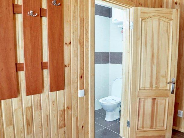 Апартаменты-студио №43 (корп. 3), база отдыха «Автомобилист», Кирилловка. Фото 10