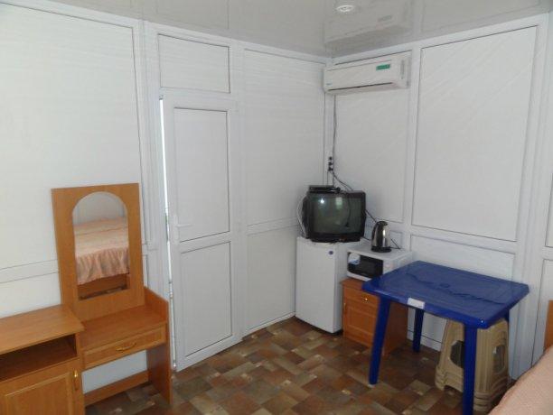 Люкс Сендвич Белый, база отдыха «Азов Коралл», Кирилловка. Фото 1