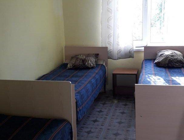 Эконом №7, база отдыха «Азов Коралл», Кирилловка. Фото 2
