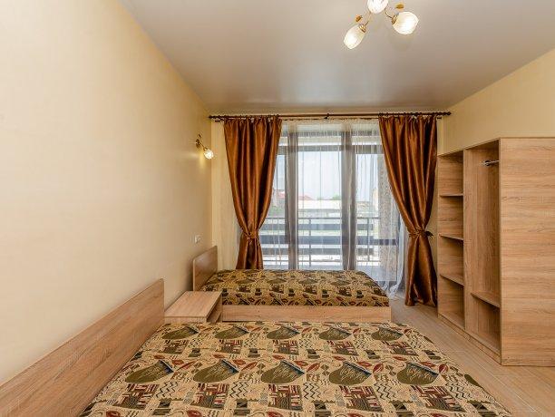 Люкс №14, гостевой дом «Агат», Кирилловка. Фото 1